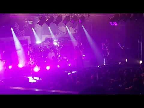 Neck Deep - In Bloom (Live Belfast Mandela Hall)