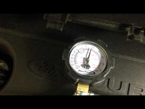 2013 Ford B-Max : Exhaust gas differential pressure sensor testing.