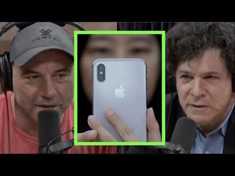 Coronavirus Exposing China Dependence w/Eric Weinstein | Joe Rogan