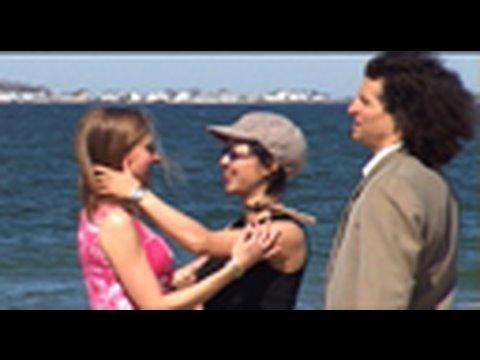 Kristy Swanson and Brandy Ledford - Swimming Pool Lesbiansиз YouTube · Длительность: 1 мин44 с