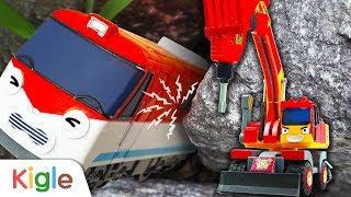 Titipo the train got stuck between rocks! l Tayo Heavy Vehicles Squad | KigleTV