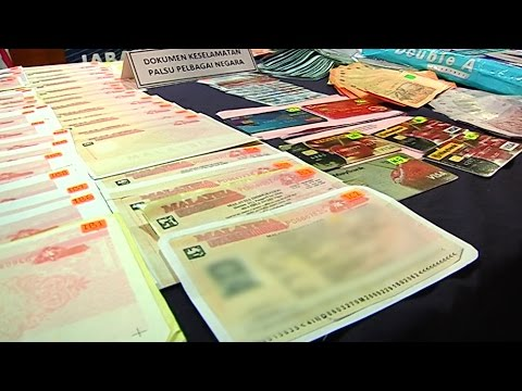 Foreign nationals arrested for falsifying documents