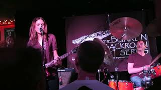 Watch Juliana Hatfield Live It Up video