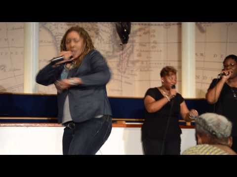 Ursula T. Wright in Concert in Tampa, FL: Worship til I Pass Out by Uncle Reece