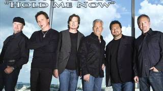 Watch Diamond Rio Hold Me Now video
