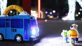 빛나는 타요버스 장난감 캠핑랜턴 꼬마버스 출동! 깜깜한 숲속길을 헤치고 나가자! Tayo the little Bus Camping Lantern Toy Cars