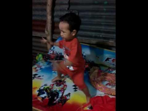 Hebooooohhh....!!!! Rakha Anak umur 2 tahun nari remong jaranan... wajib di tonton..!!!