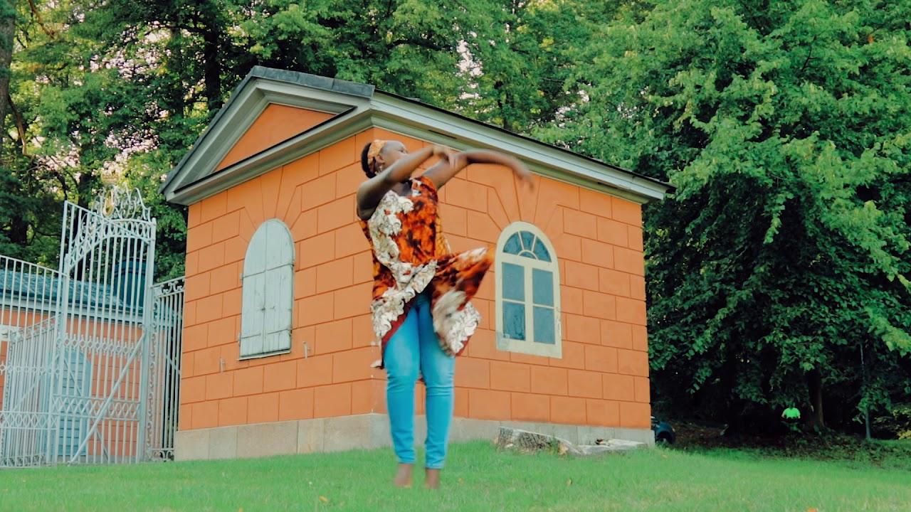 Download Mayorkun - Mama Dance after 2nd Pregnancy