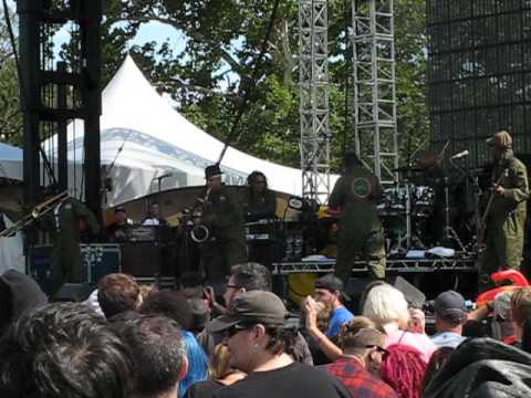 FISHBONE Riot Fest CHICAGO September 11 2015