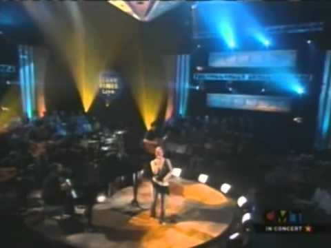 LeAnn Rimes - Life Goes On [Live]