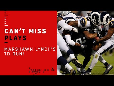 Marshawn Lynch Can't Be Stopped on AMAZING TD!