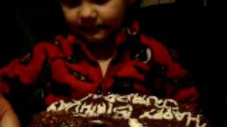 cake in face face Thumbnail