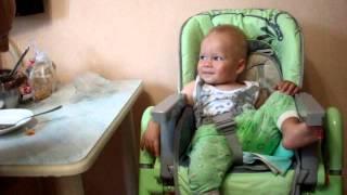 Ребенок 1 год и 2 месяца смешно кашляет, повторяя за сестрой!(Ребенок 1 год и 2 месяца смешно кашляет, повторяя за сестрой! Наверное, все мамы малюток спрашивают себя:..., 2014-09-28T08:24:46.000Z)