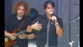 Luis Fonsi y David Bisbal - Aquí estoy yo (Valladolid Latino 2009) 3/3
