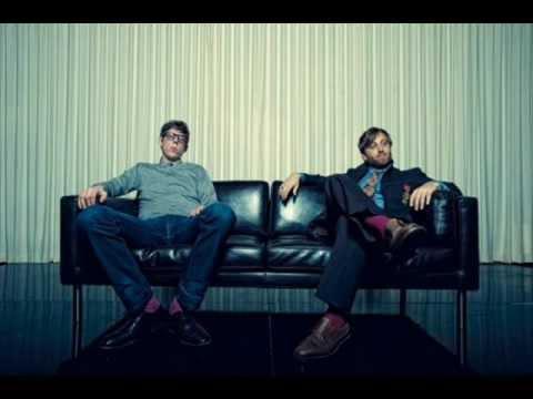 The Black Keys - Lonely Boy (lyrics), soundtrack to NFS The Run video game