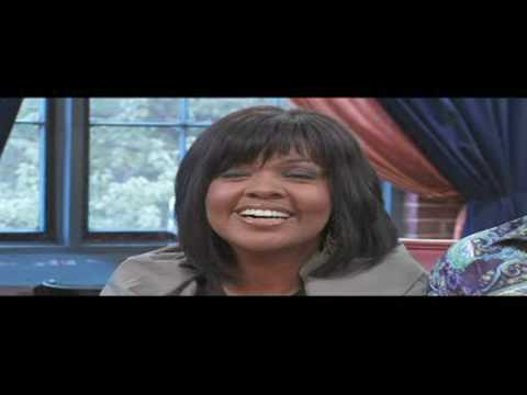 """""""BeBe and CeCe Wiinans""""--Interview at the Joyful Noise Cafe Pt. 2"""