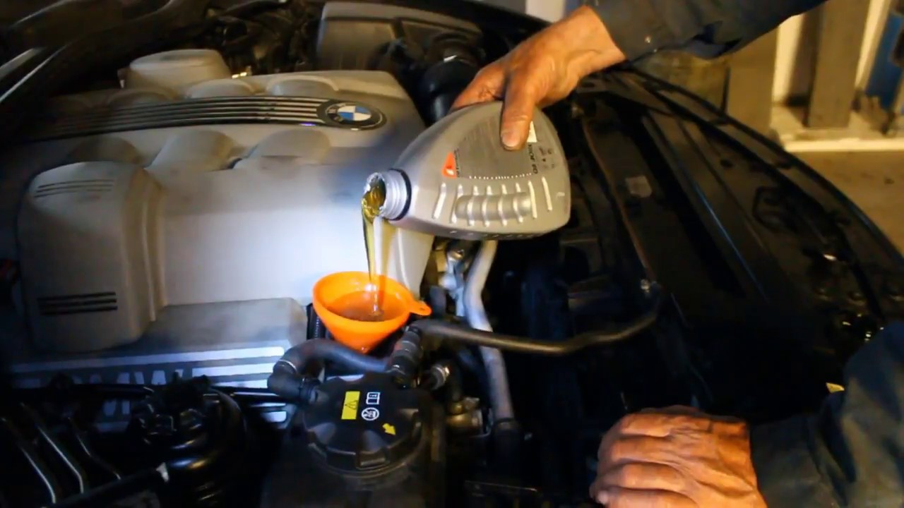Diy oil change on bmw 645ci 545i and reset service youtube diy oil change on bmw 645ci 545i and reset service solutioingenieria Images