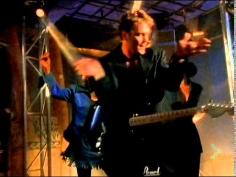 Craig McLachlan - I Hear You Knocking (1992)