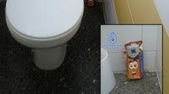 Cámara escondida en baños de universidad dentro de un bote de batido