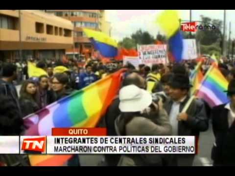 Integrantes de centrales sindicales marcharon contra políticas del gobierno