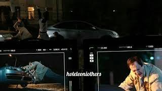 Дядя  Боря толкает машину ??? .Фото со съемок 4 сезона Отеля Элеон