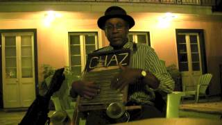 A lesson with Washboard Chaz