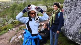 Фьорды Норвегии. Взятие своей вершины Trolltunga на фьордах Норвегии(Молодое поколение тоже покоряет свои вершины, может это внуки или дети тех, кто пел песни Визбора и Высоцког..., 2014-06-27T06:19:25.000Z)