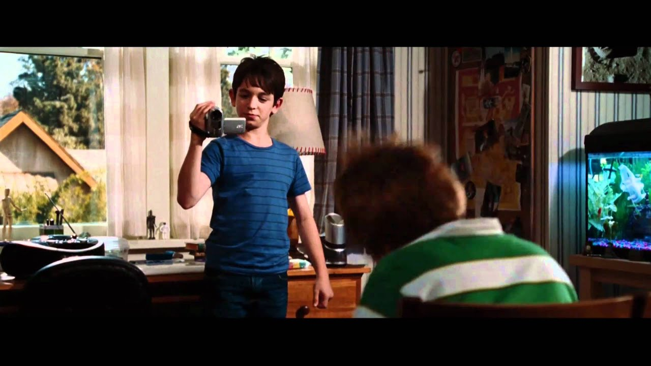 Diary Of A Wimpy Kid Rodrick Rules Rowley S Viral Video Youtube