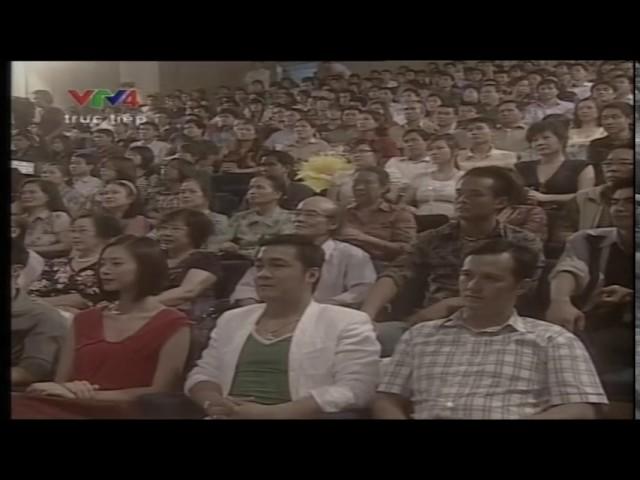 Johnny Trí Nguyễn, Lý Hùng xem Nam Huynh Dao biểu diễn truyển hình Vtv 4