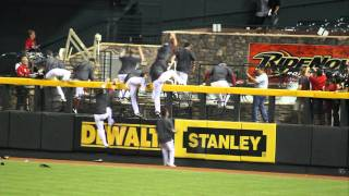 Arizona Diamondbacks jump into pool, win NL West 2011