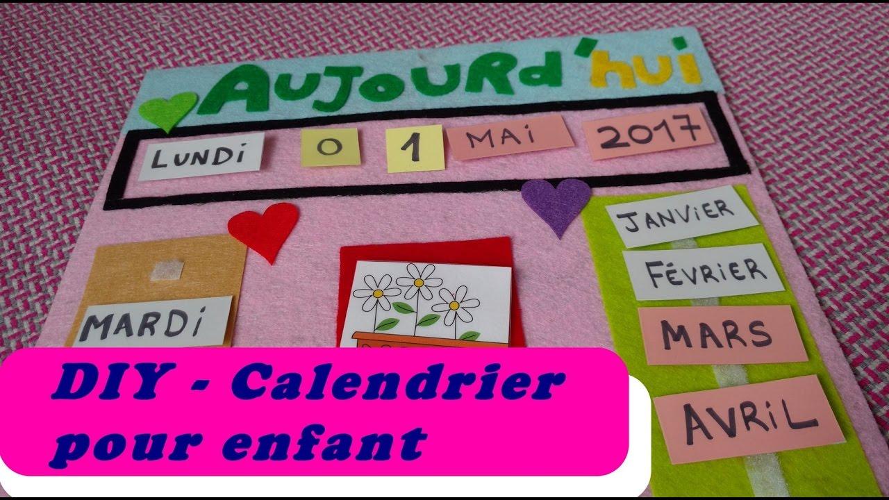 Calendrier Tissu Educatif.Diy Le Calendrier Annuel Pour Enfant Apprendre A Se Reperer Dans Le Temps