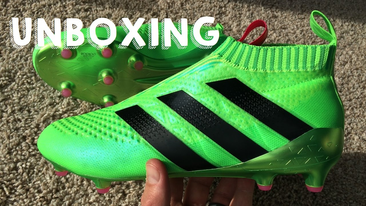 super popular 840e8 0d189 Adidas ACE16+ PURECONTROL - Laceless Boot Review | Soccer ...