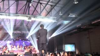 Video Tulus - Sepatu @ Konser Gajah Jakarta [HD] download MP3, 3GP, MP4, WEBM, AVI, FLV November 2018