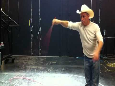 How To Trick Rope Will Rogers style. Taught by cowboy Will Roberts