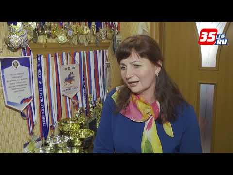 видео: Главная болельщица Дениса Спицова живет в Вожеге