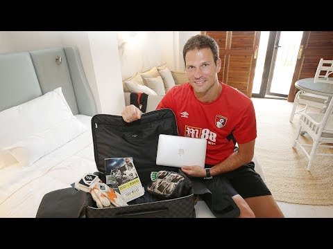 Pre-season room tour | What's in Asmir Begovic's suitcase? 🤔💼