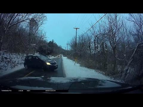scary-moments-for-driver-in-kentucky-who-comes-across-black-ice