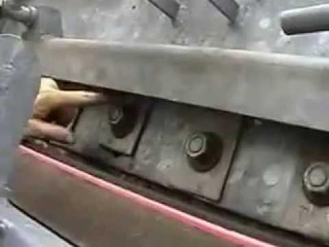 Easy Maintenance Skirt System for Conveyor Belts