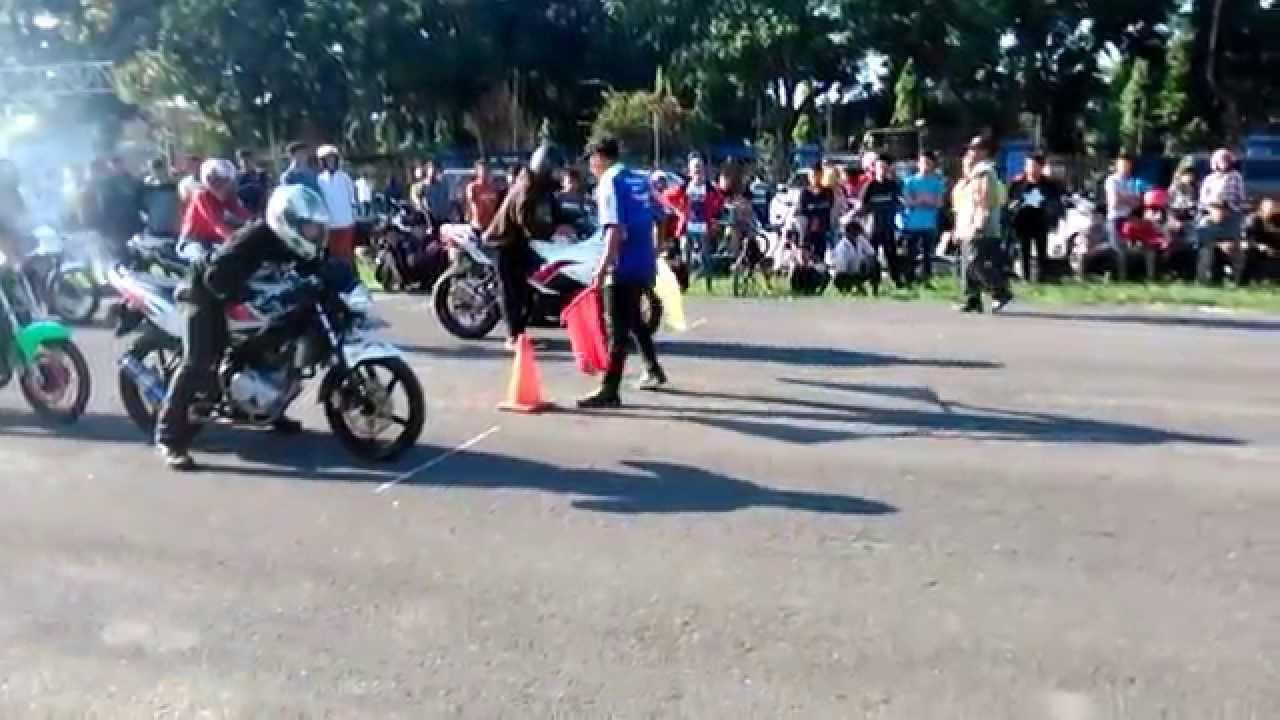 yamaha vixion vs ninja 250r dragbike 201 meter win vixion - youtube