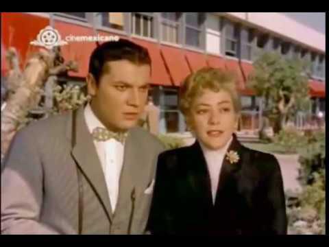 Pelicula ¡Viva el amor! (1958)   Silvia Pinal y Christiane Martel