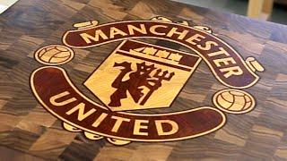 """Торцевая разделочная доска с логотипом """"Манчестер Юнайтед"""""""