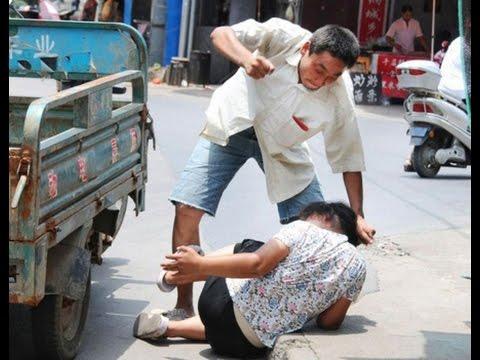 vợ đánh chồng như kẻ thù :D