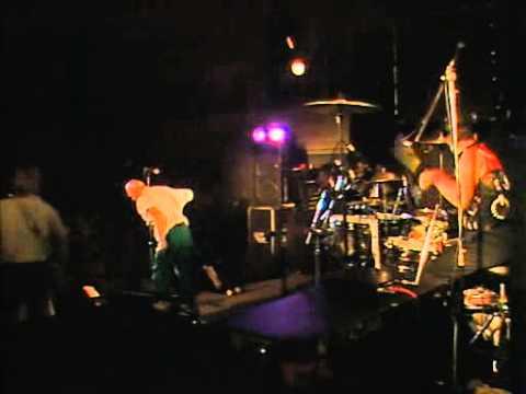 Midnight Oil - Bullroarer (live)