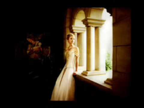 taylor swift- love story acoustic download and lyrics HQ for MP3