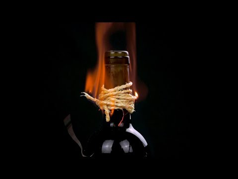 15 INCREDIBLE HACKS FOR DRINKS!
