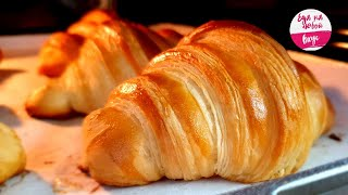 THEY are simply divine! Croissants like in a French bakery (Puff and Crispy)