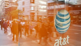 AT&T Said to Begin U.S. Talks on Time Warner Deal