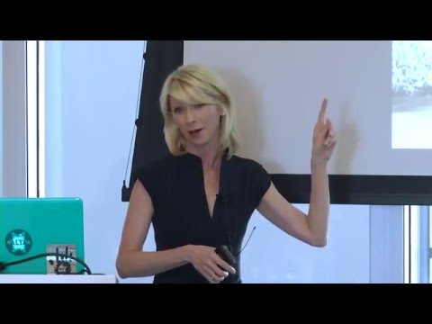 Amy Cuddy: Feeling powerless is not being powerless