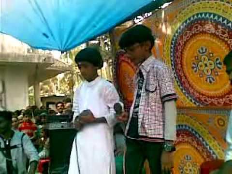 AARYAN S ANIL WITH VISHNU K G SINGING MIZHIYAZHKU