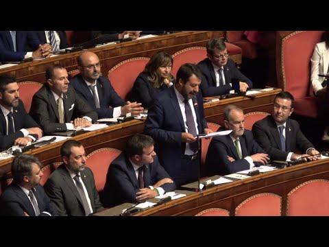 Salvini contro il premier: 'Le lascio poltrona figlia di tradimento e slealtà'. E cita Aristotele